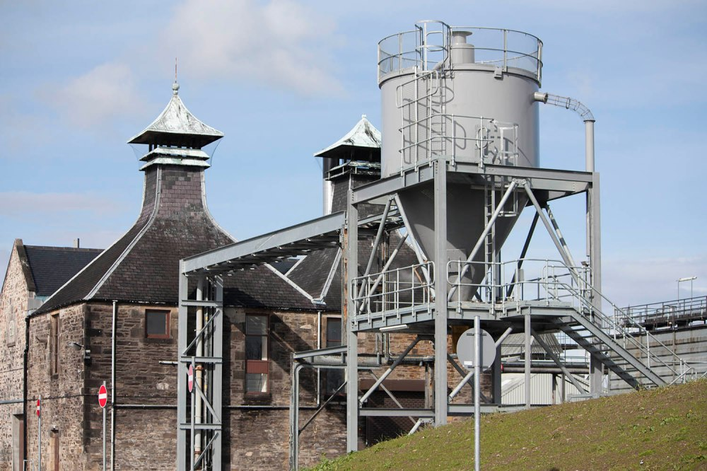 inchgower-distillery-speyside-diageo-scotland-www-speller-nl-whiskyspeller-2016-28-0